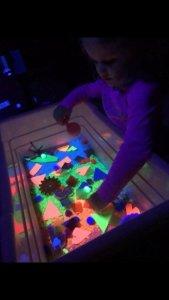 glow in the dark sensory bin