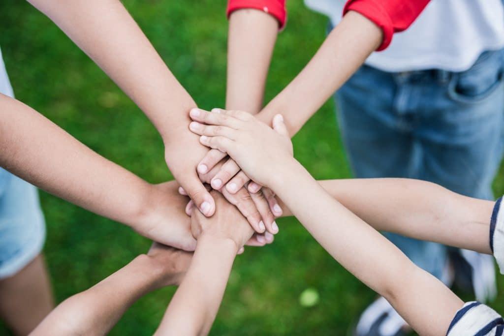 kids hand gathering